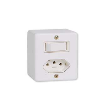 Interruptor Sistema X 1 Tecla Simples+Tomada 2P+T 10A Branco - Ref.63200 - ILUMI