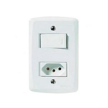 Interruptor 4x2 1 Teclas Simples + 1 Tomada 2P+T 10A Liz Branco - Ref.57170/264 - TRAMONTINA